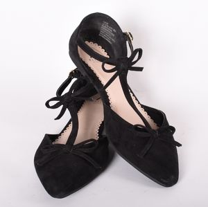 Pointed toe black flats with bow size 8.5